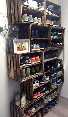 Easy DIY Shoe Rack Ideas You Can Build on a Budget - Love the idea for shoe storage rack using rustic crates # Easy DIY storage 62 Easy DIY Shoe Rack Storage Ideas You Can Build on a Budget Laundry Room Storage, Bedroom Storage, Garage Storage, Bedroom Decor, Storage Shelves, Ikea Bedroom, Shoe Shelves, Crate Shelves, Bedroom Ideas
