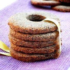 Glutenfree and vegan buckwheat vanilla cookies, an easy homemade healthy snack! Vegan Sweets, Healthy Sweets, Happiness Recipe, Nutella, Healthy Homemade Snacks, Biscotti Cookies, Vanilla Cookies, Breakfast Dessert, Dessert Recipes