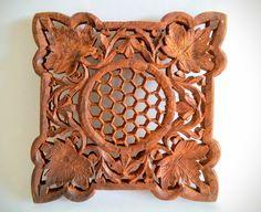 Vintage en bois trépied feuilles en nid d'abeille par RetroFairy