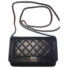 Pochette Wallet on Chain en cuir CHANEL