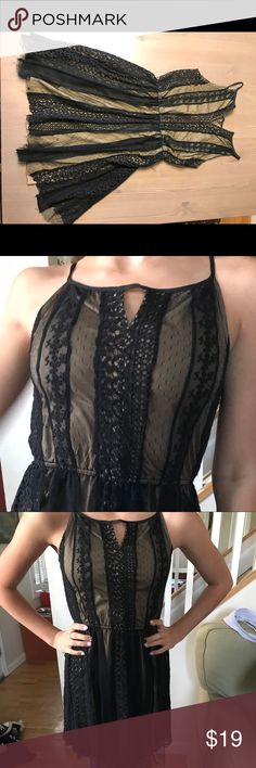 Elegant black lace dress with gold lining Elegant black lace dress with gold lining, spaghetti straps, worn once for event, great condition Pinky Dresses Midi