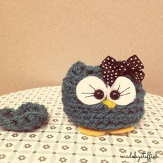 Milllie the mini owl Amugurumi with a heart finished item comes in a box