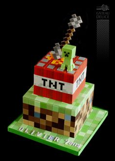 Minecraft - Cake by Marie-Josée