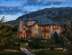 Country Home - 02 - traditional - Exterior - Salt Lake City - THINK architecture Inc. Luxury Homes Exterior, Luxury Homes Dream Houses, Dream House Exterior, Exterior Design, Exterior Paint, Exterior Signage, Dream Home Design, My Dream Home, House Design