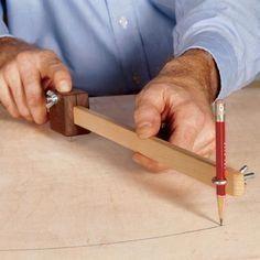 Scrapwood Trammel Woodworking Plan, Workshop & Jigs Jigs & Fixtures Workshop & J… - Woodworking Diy Small Woodworking Projects, Woodworking Furniture Plans, Learn Woodworking, Woodworking Patterns, Woodworking Workbench, Popular Woodworking, Diy Wood Projects, Woodworking Crafts, Woodworking Jigsaw