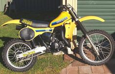 1982 Suzuki RM125- Identical to mine that I had when I was 15 years old!!