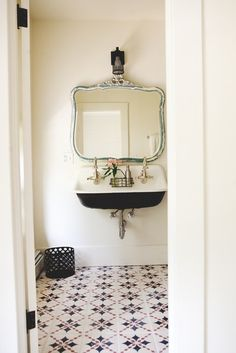Vintage bathroom with Spanish tiled floors