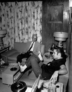 Rare Graceland | RareElvisPresley.com :: Rare 1956 Elvis picture