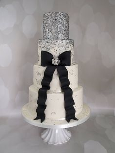 Silver, Black and White Wedding Cake. Look at those Sparkles!