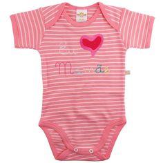 Desenvolvido em um lindo design e com tecido super macio e confortável, o Body Suedine Frase Mamãe é ideal para deixar seu bebê com mais estilo e conforto no dia a dia ou nos momentos de passeios e diversão.