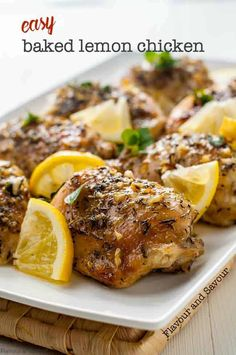 easy one-pan lemon chicken dish! Fresh lemons, herbs and garlic make this healthy baked lemon chicken a quick weeknight meal.An easy one-pan lemon chicken dish! Fresh lemons, herbs and garlic make this healthy baked lemon chicken a quick weeknight meal. Easy Baked Lemon Chicken Recipe, Baked Chicken Breast, Chicken Thigh Recipes, Chicken Flavors, Cena Paleo, Lemon Chicken Thighs, Chicken Breasts, Paleo Recipes, Cooking Recipes