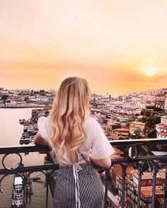 Spain And Portugal, Portugal Travel, Summer Aesthetic, Travel Aesthetic, Vacation Pictures, Travel Pictures, Summer Instagram Pictures, Tumblr Travel, Solo Photo
