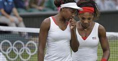 Après l'or en individuel, Serena Williams remporte la médaille d'or avec sa soeur Venus dans le double dames