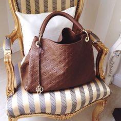 Brown Louis Vuitton ♡