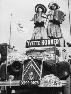vintage Hohner accordion advertising