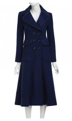 cuff me coat... love this!!!  if only I had a spare 648.00 to spend on (yet another) coat!