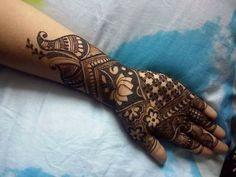 30 Trendy Bridal Mehendi designs for your Big Day Eid Mehndi Designs, Latest Mehndi Designs, Mehndi Design Pictures, Mehndi Images, Mehendi, Menhdi Design, Henna Drawings, Beautiful Mehndi Design, Hand Mehndi