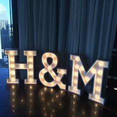Sammy & Lola – a range of meticulously handmade marquee & lighting props specially designed to provide the 'wow factor' at any event.