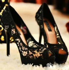 lace pump black shoes