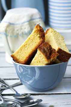 Karringmelkbeskuit, heerlik saam met lekker sterk koffie! / Buttermilk rusks