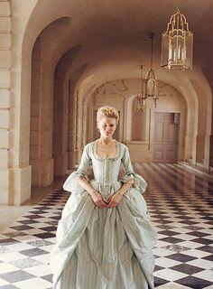 Kirsten Dunst as Marie Antoinette ♥