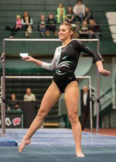 Ashley Noll Artistic Gymnastics, Gymnastics Girls, Girl Anatomy, Gymnastics Flexibility, Figure Drawing Models, Gymnastics Photography, Gymnastics Pictures, Female Gymnast, Bikini Outfits