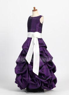 Vestidos princesa/ Formato A Decote redondo Chá comprimento Tafetá Vestido de daminha com Pregueado Cintos Bordado (010004121)