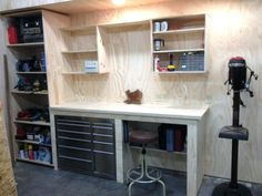 Closet workbench garage work table ideas bench and storage folding wood shop ta . simple office table design work desk buy for ideas small garage workbench Plan Garage, Garage Shed, Garage Walls, Garage House, Diy Garage Work Bench, Shop Work Bench, Garage Racking, Work Shop Garage, Wood Work Bench Ideas