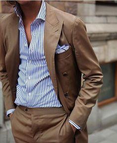 Lavish luxury lifestyle luxury mens fashion mensfashion menstyle menshopping menswear mens clothing men clothes men clothing styles men with style Mens Fashion Blog, Mens Fashion Suits, Look Fashion, Mens Suits, Suit Men, Classy Fashion, Smart Casual Outfit, Men Casual, Dress Casual