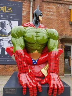 Super-Spider-Wonder-Bat-Flash-Hulk.