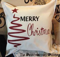 Best Vinyl Christmas Pillow Cover Ideas You Must Have Christmas Cushions, Christmas Pillow Covers, Christmas Sewing, Christmas Crafts, Christmas Christmas, Christmas Cover, Blue Christmas Decor, Bridesmaid Tote Bags, Navidad Diy