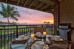 A vacation rental with a fabulous sunset.  #panaviz #resortphotography #hawaii