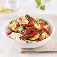 Sauté de boeuf parfumé à la thaïlandaise Bun Cha, Kung Pao Chicken, Cobb Salad, Chinese, Ethnic Recipes, Discovery, Chou Kale, Saute, Poke Bowl