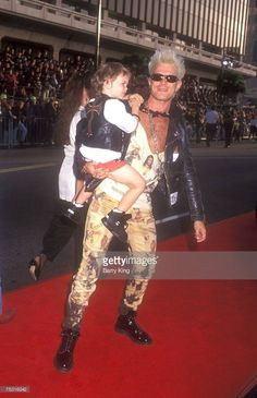 Billy Idol showing that he's a real man!