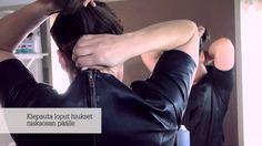 Mariela Sarkima näyttää, miten teet helposti kestävän ja siististi sotkuisen niskanutturakampauksen itsellesi. Nutturan tekee kestäväksi alaosan hiusten solmiminen ja kiinnittäminen pinneillä. Diy Hairstyles, Teet, Holding Hands, Your Hair, Youtube, Youtubers, Youtube Movies, Diy Hair