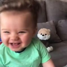 Cute Funny Baby Videos, Cute Funny Babies, Cute Baby Boy, Cute Little Baby, Cute Kids Pics, Cute Boys Images, Cute Babies Photography, Chubby Babies, Cute Baby Wallpaper