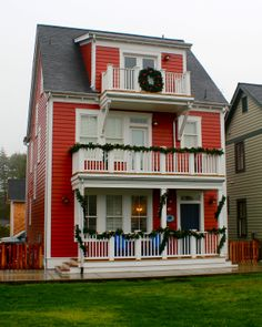 Red Beach houses, exterior paint and trim ideas Garlands, balcony, winter
