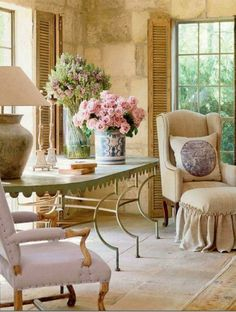 34 Adorable And Romantic Provence Living Rooms | DigsDigs