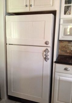 How to Give An Old Refrigerator a New Look With WALLPAPER - Refrigerator - Trending Refrigerator for sales. - wallpaper refridgerator refinish new look appliances diy kitchen design painting wall decor Beadboard Wallpaper, Refrigerator, Home, Cool Diy, Home Kitchens, Home Diy, Diy Kitchen, Diy Concrete Counter, Refrigerator Makeover