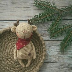 Crochet pattern for deer.  - pdf-file / 12 pages  - only instruction, without photo  - english/russian language  - size 17 cm (if using sport weight yarn and 1,6 mm crochet hook)