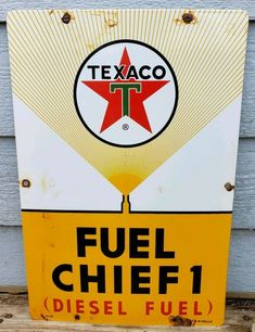 LARGE VINTAGE 1961 TEXACO FUEL CHIEF 1 DIESEL FUEL PORCELAIN GAS PUMP SIGN Toy Garage, Old Gas Stations, Porcelain Signs, Vintage Metal Signs, Diesel Fuel, Texaco, Gas Pumps, Old Signs, Advertising Signs