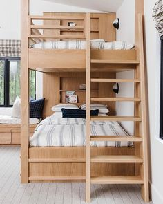 the boo and the boy: bunks and bunk rooms Bunk Beds For Boys Room, Bunk Bed Rooms, Bunk Beds Built In, Modern Bunk Beds, Kids Bedroom, Cabin Bunk Beds, White Bunk Beds, Double Bunk Beds, Loft Bunk Beds