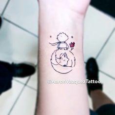 """2,366 curtidas, 37 comentários - Tatuagem Feminina (@tatuagemfeminina) no Instagram: """"Meninas, uma pausa para admirar essa tattoo lindaaaa do #PequenoPrincipe. Feita pelo tatuador…"""""""