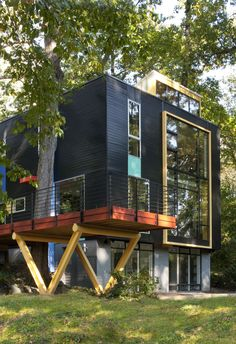 This Multicolor Facelift Owes Much to Modern Art | Dwell