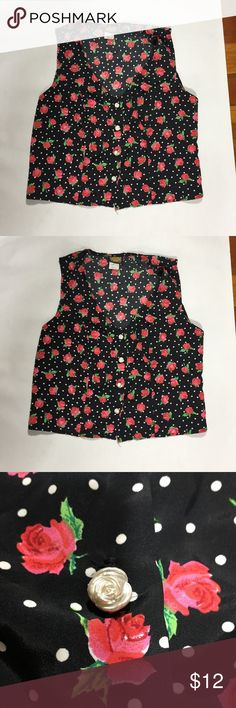 Rose printed vintage top Cute vintage button up tank circa y2k. Cute rose shaped buttons! Size s/m. Tops Tank Tops