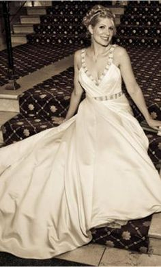 $399 Used Sonia Cholette Wedding Dress 10816, Size 4    Get a designer gown for (much!) less on PreOwnedWeddingDresses.com