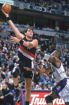 Arvydas Sabonis, Portland Trail Blazers... the big man!