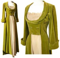 Lounging Hostess Gown, Green Velvet Regency Style, via Etsy. fun as a robe Vintage Gowns, Vintage Lingerie, Vintage Outfits, Historical Costume, Historical Clothing, 1940s Fashion, Vintage Fashion, Style Fashion, Mode Costume