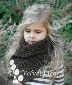 Remington Cowl Crochet pattern by The Velvet Acorn Learn To Crochet, Crochet For Kids, Crochet Baby, Knit Crochet, Crochet Crafts, Yarn Crafts, Crochet Projects, Velvet Acorn, Knitting Patterns