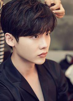Lee Jong Suk ♚